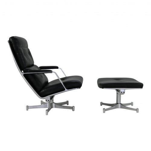 Lounge chair with ottoman for Kill International