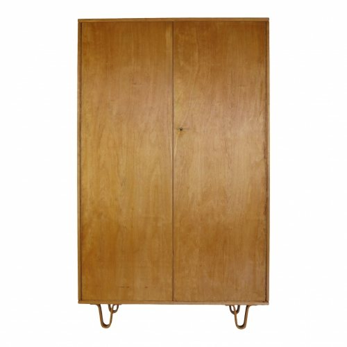 Larger Cees Braakman linen cabinet for UMS Pastoe