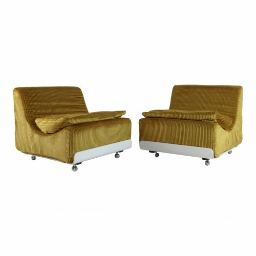 Typical seventies Luigi Colani lounge chairs for Cor
