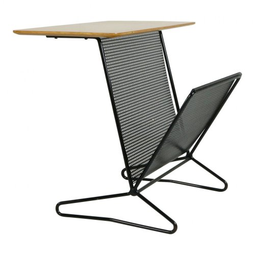Cees Braakman UMS Pastoe side table with magazine rack