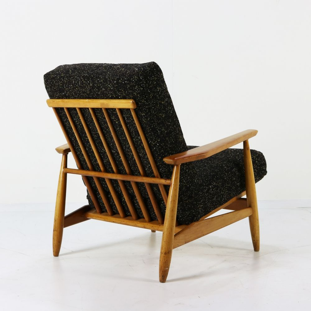 Beautiful Scandinavian easy arm chair
