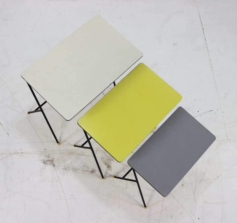 Set of fifties colorful (Rietveld colors) nesting tables for Pilastro