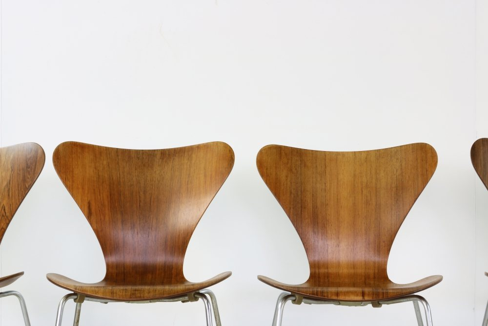 Sixties Arne Jacobsen Teak dining set with six chairs