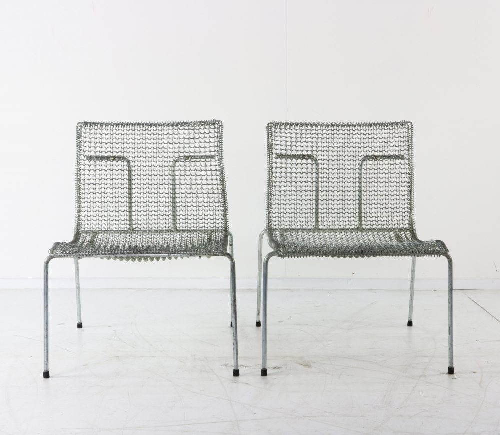 Fence wire designed easy chairs for Spectrum Holland