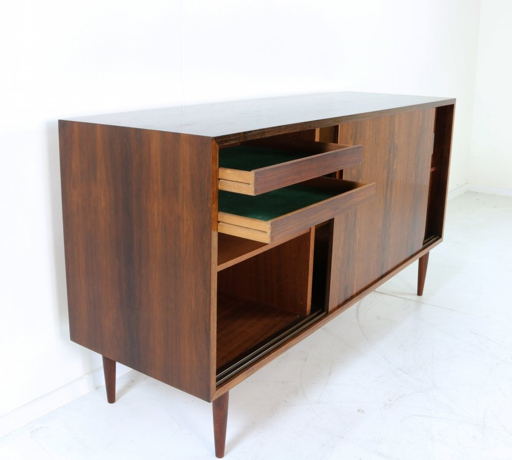 Danish design rosewood sideboard by Poul Jessen