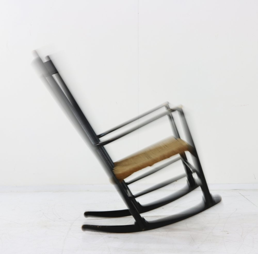 Rocking chair by Hans Wegner