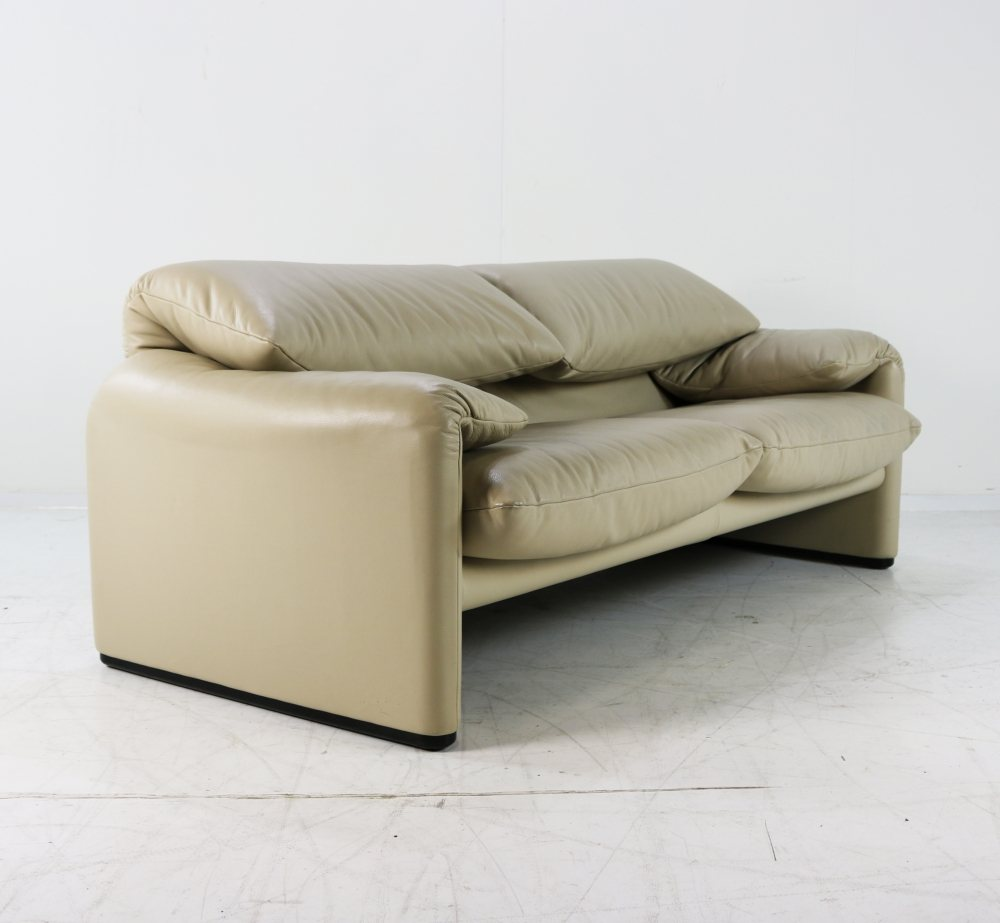 Cassina leather two seater Maralunga sofa