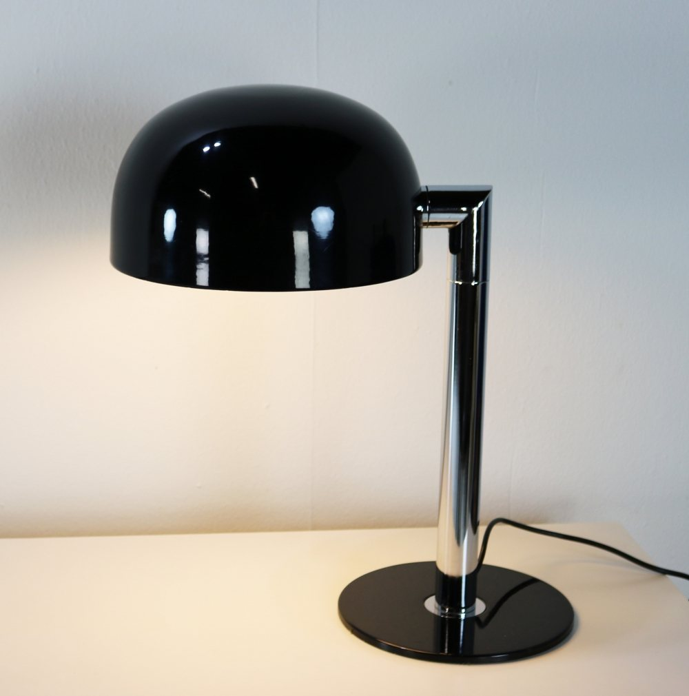 Beautiful black and chrome seventies table lamp