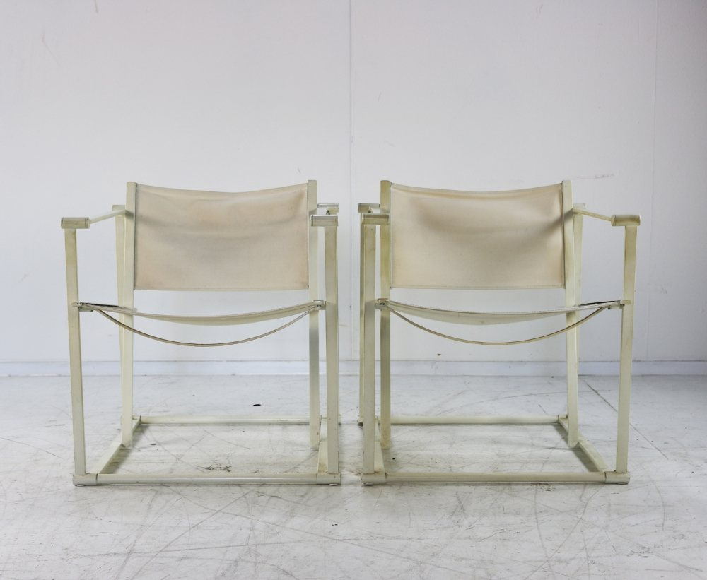 Minimalistic design lounge arm chairs for UMS Pastoe