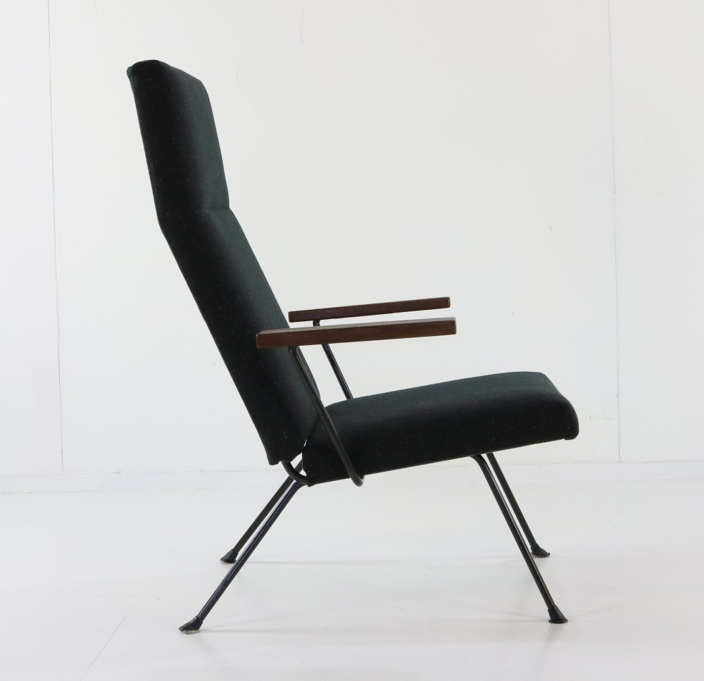 Lounge chair by for Gispen Holland