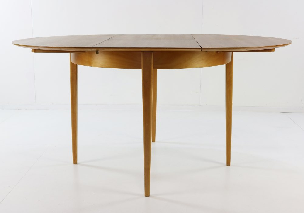 Dining table designed in the early fifties by Cees Braakman for UMS Pastoe