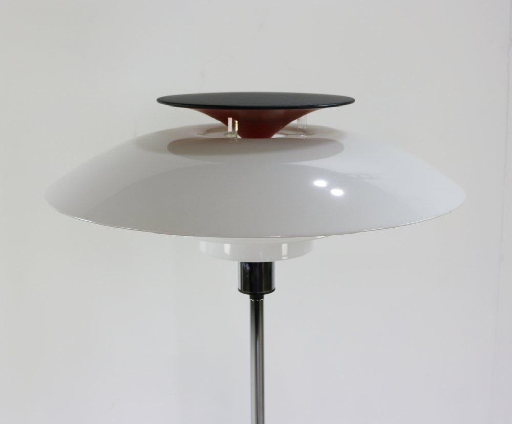 Typical Danish design floorlamp by Poul Henningsen