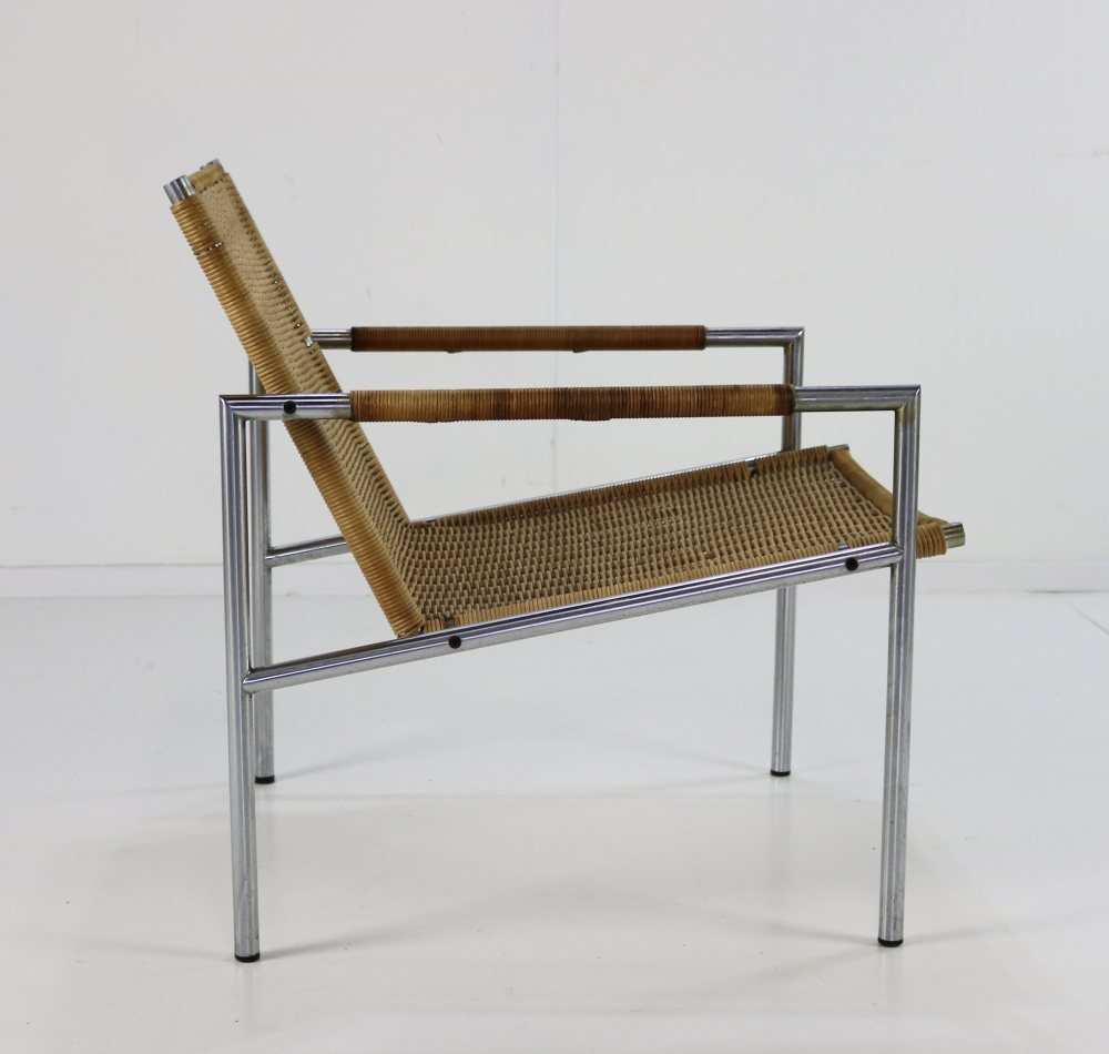 Martin Visser easy chair in rattan and chrome tubular frame