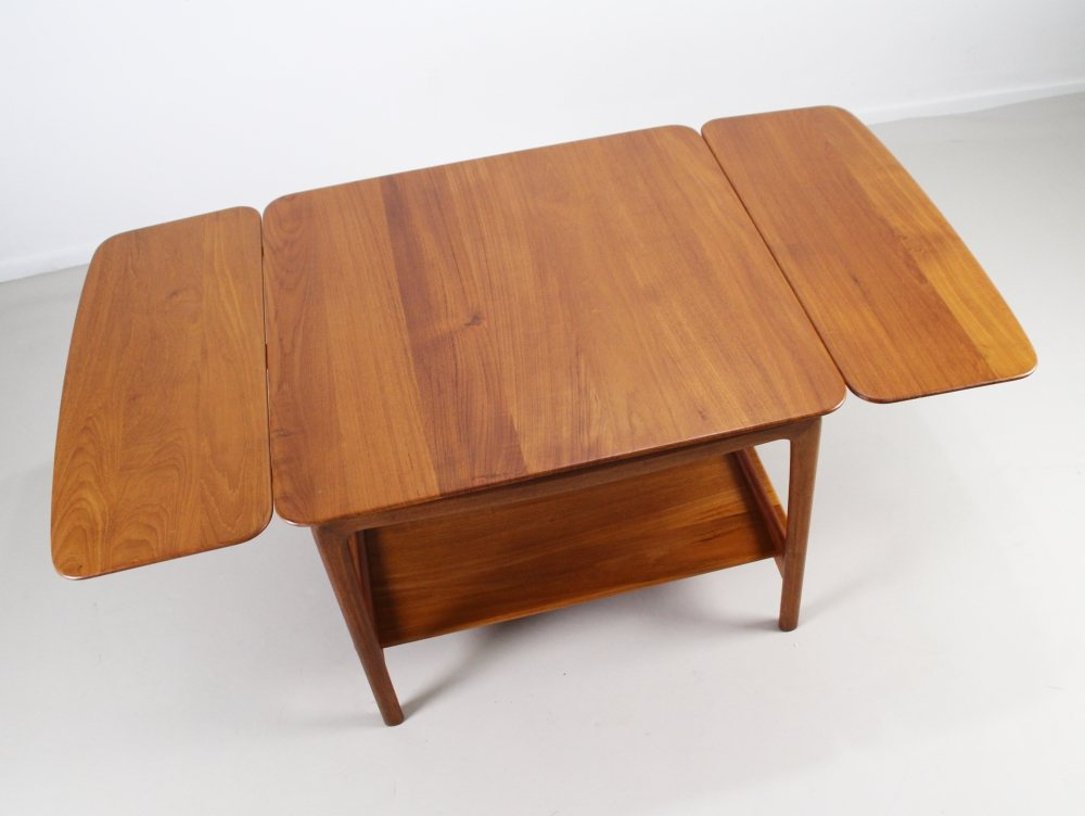 Double drop leaf table by Peter Hvidt for France and Daverkosen