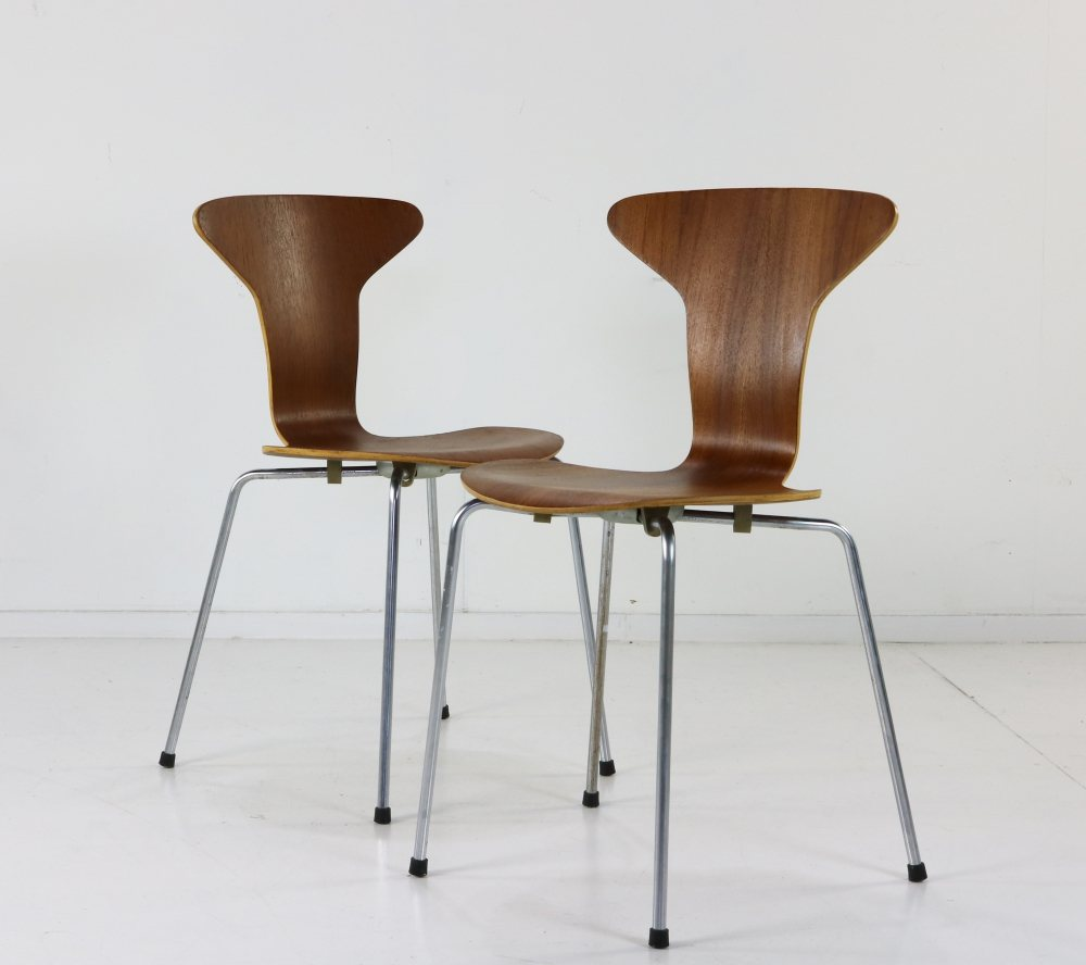 Danish design teak dinner chairs by Arne Jacobsen for Fritz Hansen