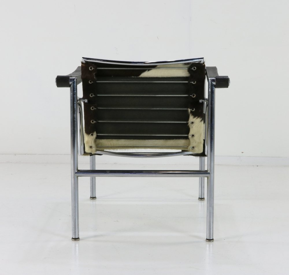 Sixties original version of the LC-1 by Le Corbusier Cassina
