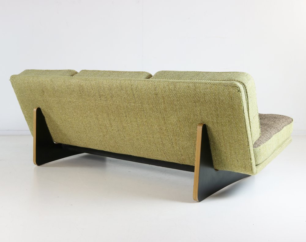 Original three seater sofa by Kho Liang le for Artifort