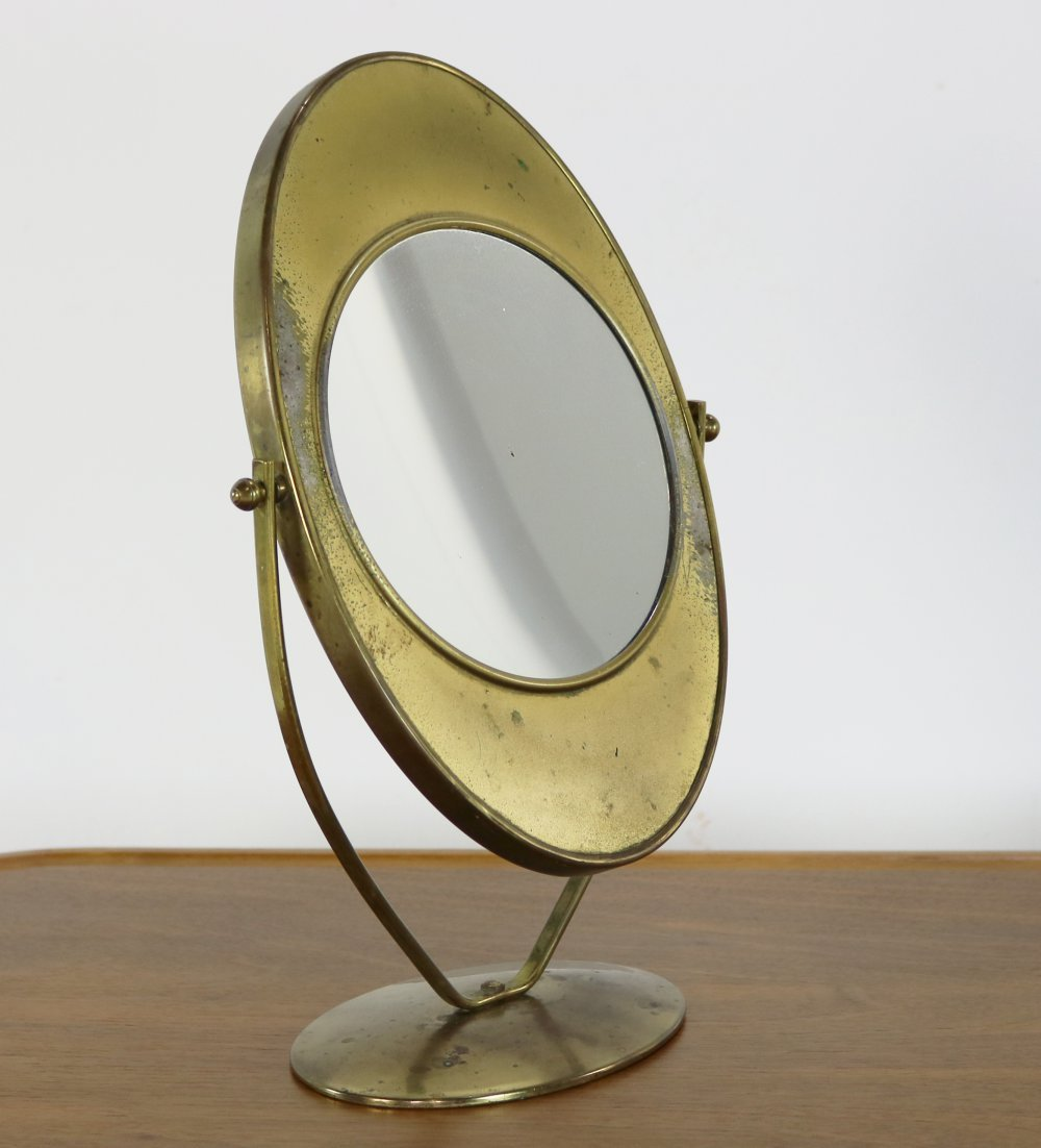 Forties make-up mirror with brass metal base
